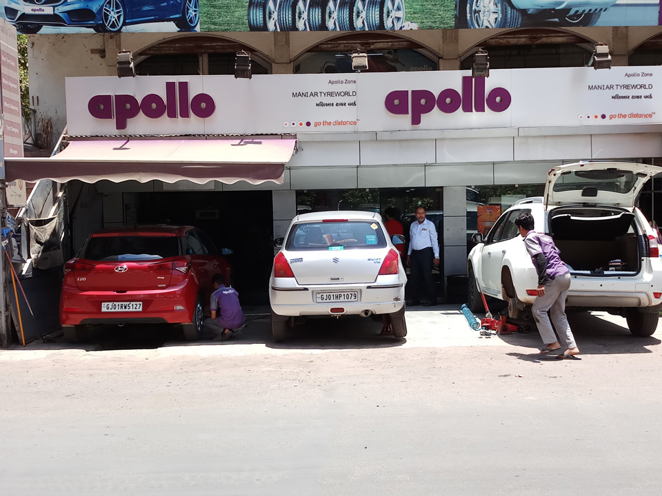 Tyre shop in Ahmedabad